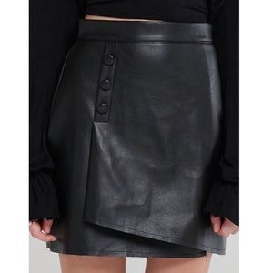 Storets Ina Side Button Pleather Skirt -NWT!
